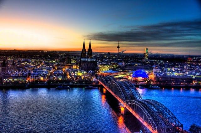 Almanya'da Ne Kadar Para ile Geçinilir?
