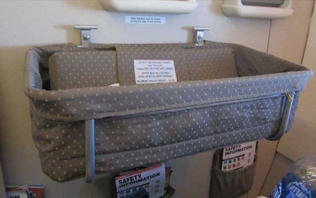 bebek yolcular için uçuş kuralları