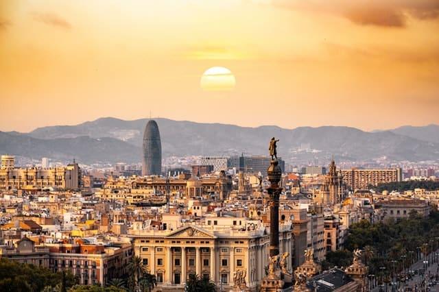 İspanya Çalışma Şartları